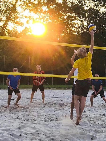 sun-volleys-1